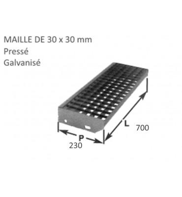 pièce élément ferronnier serrurier Marche Caillebotis pressé galvanisé 230 x 700 mm maille 30 x 30 Ref: BBMARCHECAILLE70